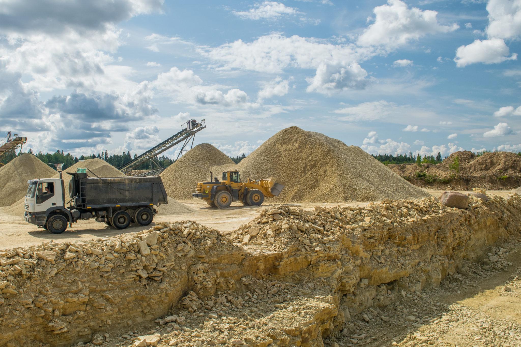 Поставка Щебня и песка для укрепления береговой линиии